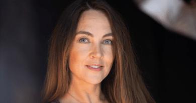 Бизнес-леди Александра Гомонова выступит на песенном марафоне в Силламяэ