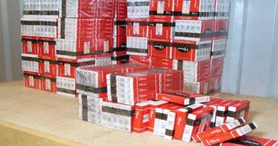 Суд признал бывшего нарвского таможенника виновным в получении взятки