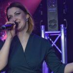 Артисты, из-за коронавируса выступавшие онлайн, в субботу дадут в Силламяэ живой концерт