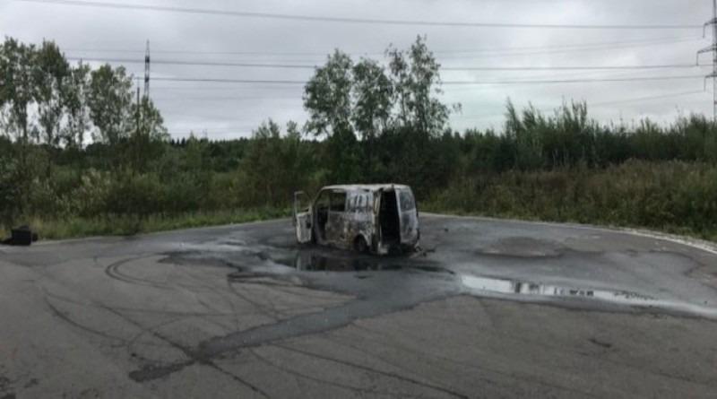 Полиция нашла поджигателя микроавтобуса в Нарве
