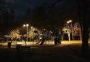 Вам не кажется , что освещение детской площадки не отвечает нормам